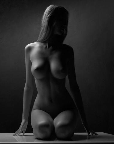 фото женщин голых черно белые
