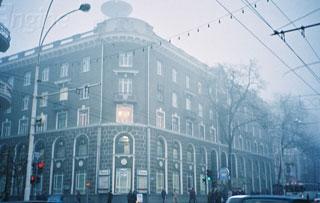 В Аксае Ростовской области предприниматель строил торговый павильон, подвергая опасности жизнь рабочих