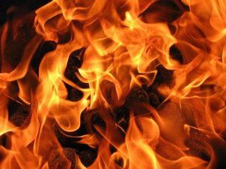 В Вязьме Смоленской области сгорел жилой дом