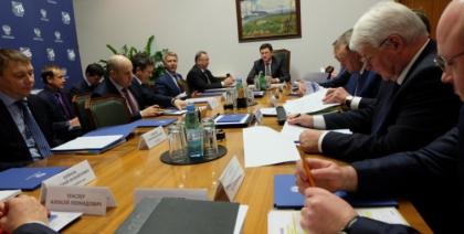 Александр Новак встретился с руководителями компаний нефтяной и газовой отрасли