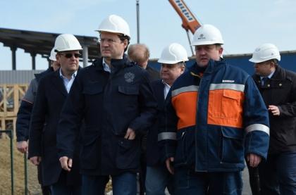 Александр Новак проинспектировал строительные объекты второй очереди энергомоста в Крым