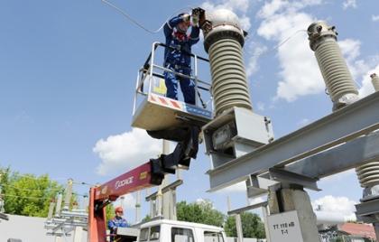 Тулэнерго повышает надежность энергооборудования Ефремовских электрических сетей