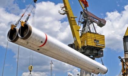 Газпром уложил 220 км морского участка двух ниток Турецкого потока