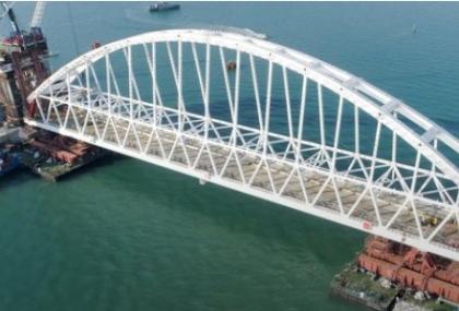Инженерный мониторинг подтвердил 100% точности установки железнодорожной арки Крымского моста