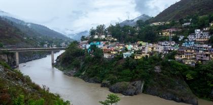 АBB обеспечит надежное электроснабжение в Гималаях