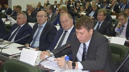 Заместитель министра РФ Андрей Черезов в Кемерове провел совещание по подготовке СФО к зиме