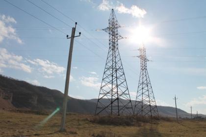 Потери электроэнергии в сетях филиала Карачаево-Черкесскэнерго в августе снижены до 11,8 %