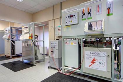 Представители ПАО ФИЦ посетили испытательную лабораторию АО Хакель Рос