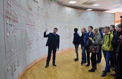 Будущие энергетики посетили филиал Мариэнерго