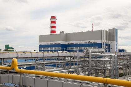 Сегодня в Екатеринбурге стартует четвертый этап подключения теплофикационных магистралей для обеспечения теплоснабжения потребителей. Часть объектов ЖКХ и большая часть социальных учреждений уже в тепле