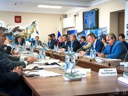 Роберт Уразов презентовал движение WorldSkills Russia на заседании комитета госдумы РФ по экономполитике