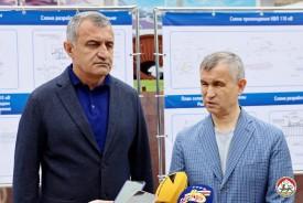 Анатолий Бибилов и Рашид Нургалиев проинспектировали ход прокладки резервной ЛЭП