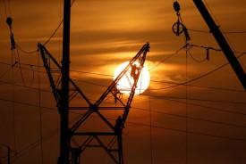 Энергосистема Пиренейского полуострова выделилась на изолированную работу из-за отключения трансграничного электрического соединения Франция – Испания