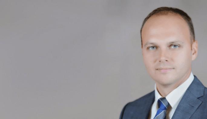 Медведев назначил нового замглавы МинпромторгаРФ