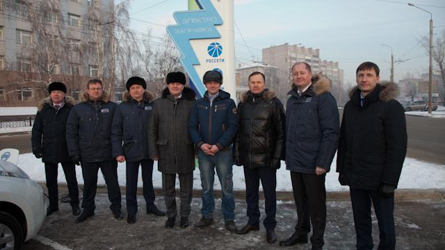 Напервой вКрасноярске электрозаправочной станции зарядить авто можно бесплатно