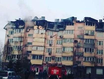 Сильный пожар вмногоэтажке гасят вприморском Артеме, жильцы эвакуированы
