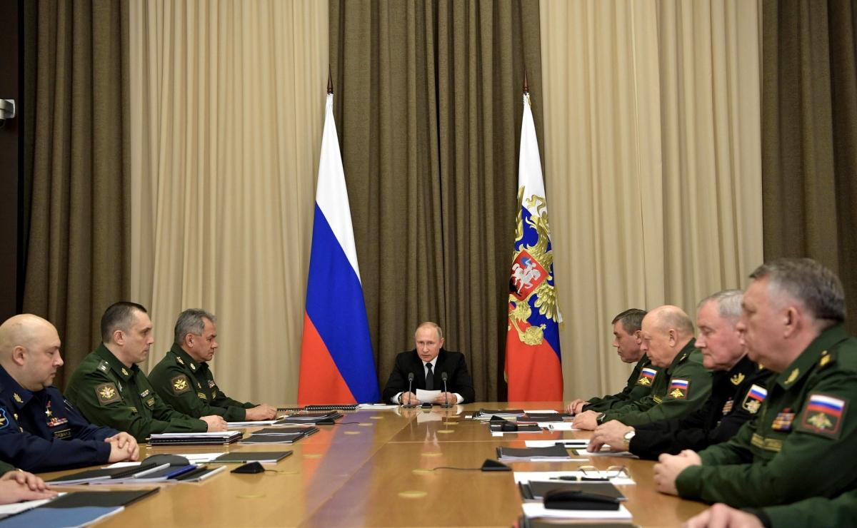 Путин назвал основные задачи поразвитию Вооруженных сил