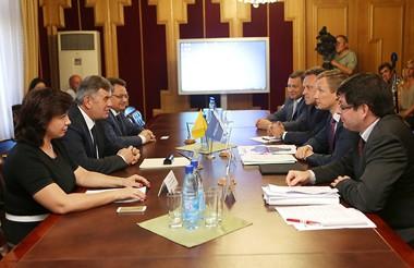 Россети обсудили с руководством Ярославской области развитие региональной энергетики