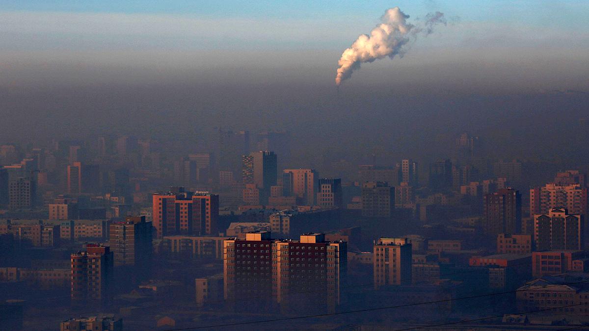 Над Красноярском висит смог