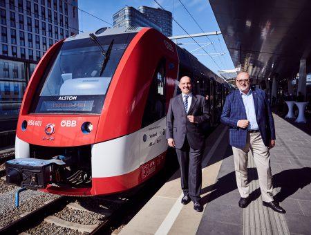 Водородный поезд в первый день эксплуатации